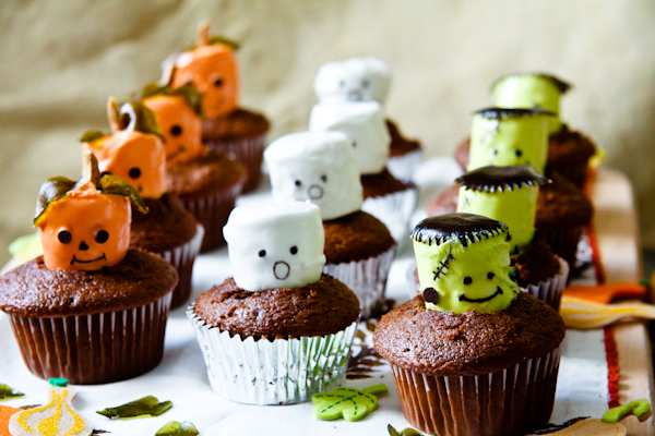 Marshmallowmonstercupcakes 43